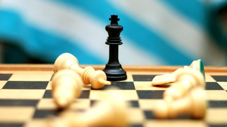 chess-war_890x500